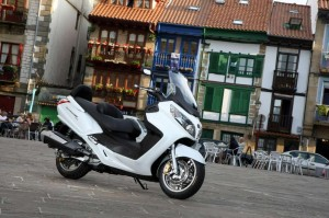 scooter Sym Maxsym 600i